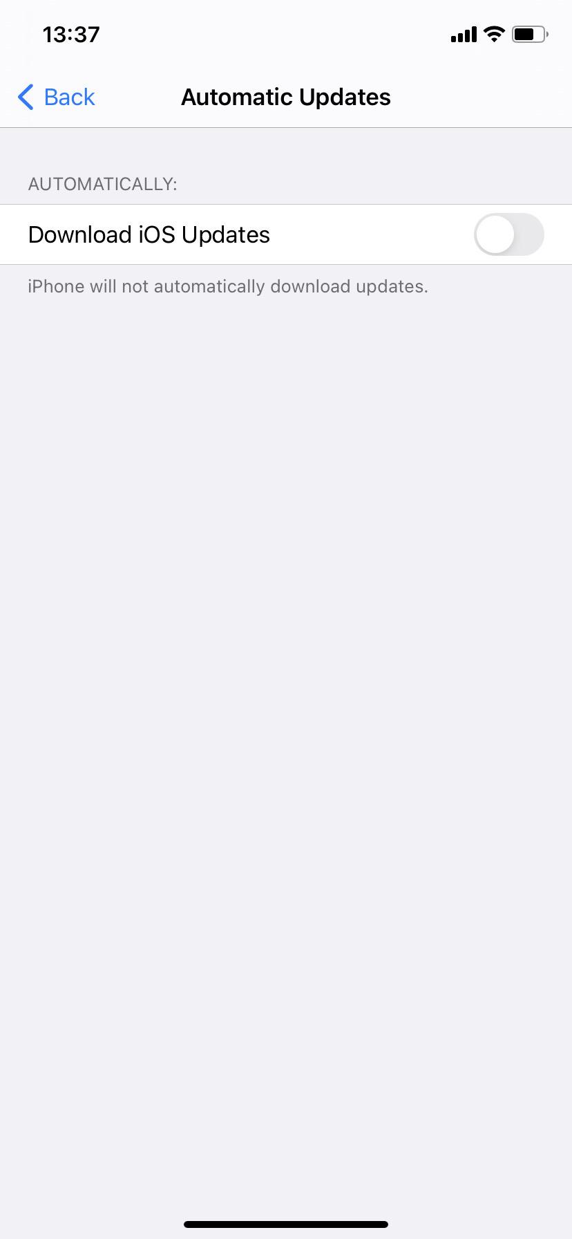 Adjust the update settings on iOS14